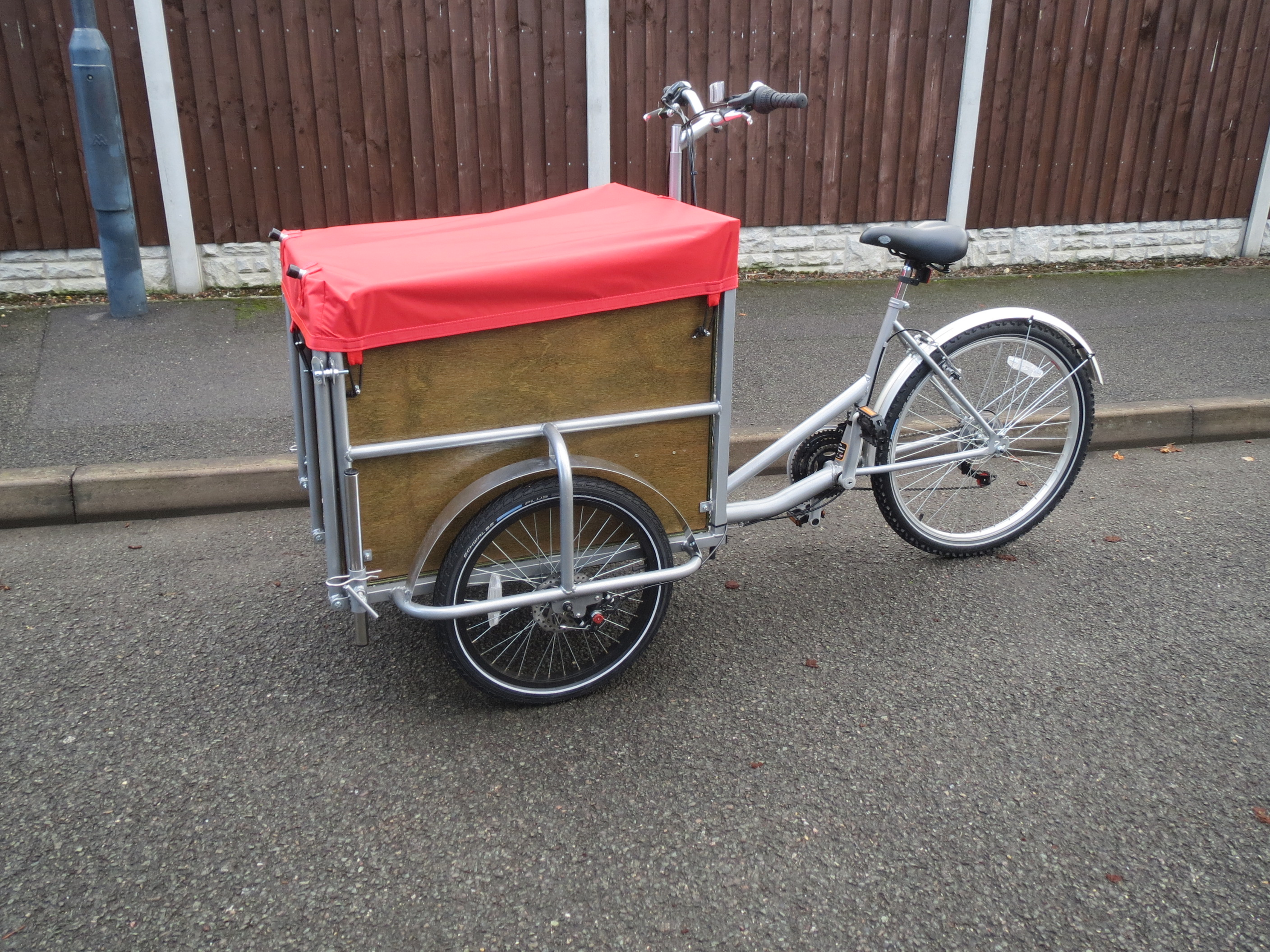 Tamar cargo trike with steel cage
